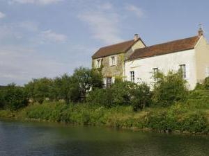 La maison le long du canal © Multimédia & Tourisme